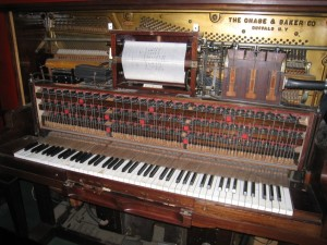 Early programmable device: pianola